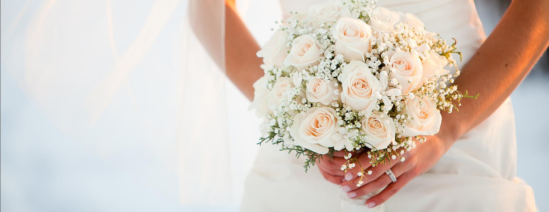 Bouquet Sposa Elegantissimo.Bon Ton Della Sposa Alcune Regole Per Essere Una Sposa Elegante E